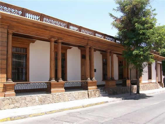 Casa Toro Lorca