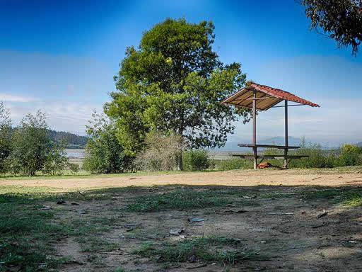 Ribera del lago Penuelas
