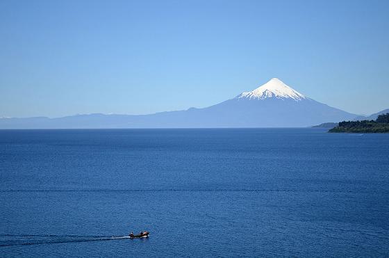 La inolvidable vuelta en un día al segundo lago más grande de Chile