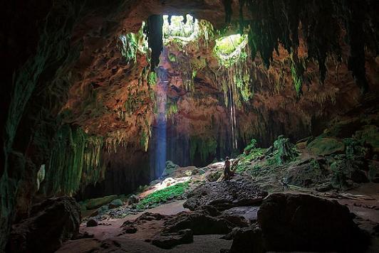Cenote de Loltun