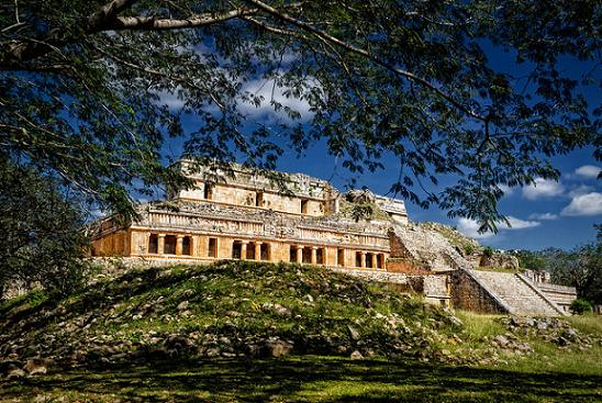 palacio sayil