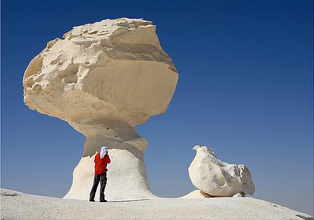 Viaja y conoce El desierto blanco de Egipto
