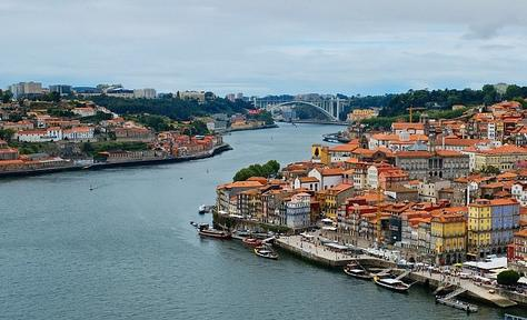 Viaja y conoce Oporto, la otra gran ciudad lusa