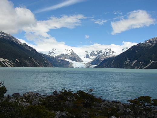 Viaja y conoce Lago Leones