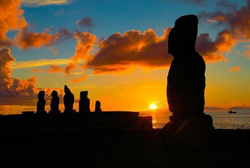Rutas turísticas : Rapa Nui En Yate